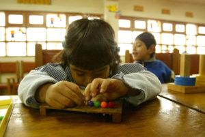 Pilar Alegría tranquiliza a las familias con hijos en centros de educación especial