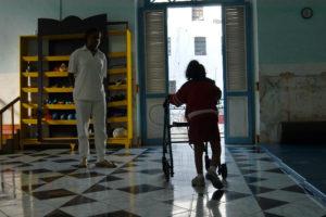 Destinan 869 millones de euros a personas en situación de dependencia en Andalucía