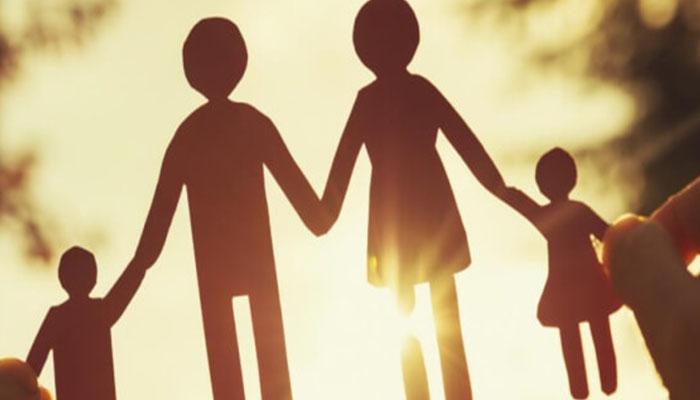 Las familias que tienen a cargo personas con enfermedades raras en tratamiento podrían tener una ayuda de la Seguridad Social el próximo año