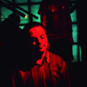selección de 5 fotografias del taller de discoteca de mano de la Fundación Ludalia, entidad que se encarga de promover el ocio y cultura a la gente con discapacidad intelectual (Foto presentada a la edición 10 del  Concurso de Fotografía Digital del INICO - Fundación Grupo Norte)