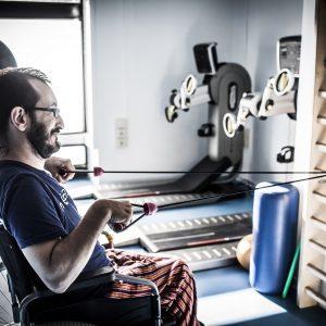 Jose Vaquerizo es un deportista con discapacidad. Todos los dias acude a su gimnasio a preparase para sus dos próximos retos, la maratón y el Camino de Santiago. (Foto presentada a la edición 12 del  Concurso de Fotografía Digital del INICO - Fundación Grupo Norte)