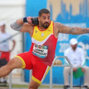 Kim López realiza deporte. Atletismo paralímpico