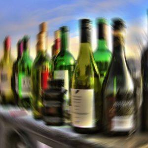 botellas-alcoholismo